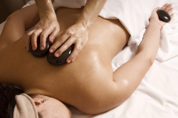 Hot Stone Massage (60mins)